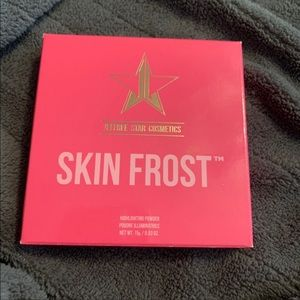 Jeffree Star Mint Condition Highlighter (swatched)